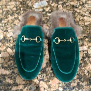 Gucci emerald green fur loafers Gently worn